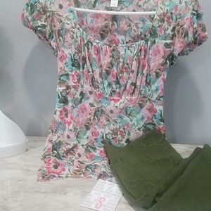 Ann Taylor Floral Peasant top Small